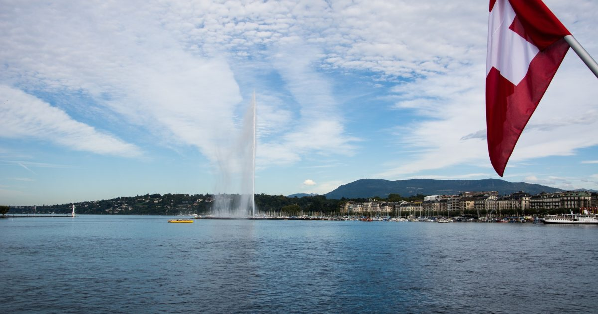 https://pixabay.com/en/geneva-fountain-places-of-interest-947317/ - factasia.org