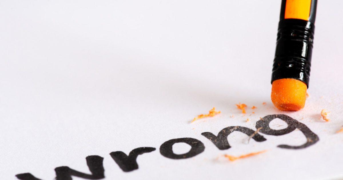 factasia.org - https://www.freepik.com/premium-photo/erase-word-wrong-with-rubber-concept-eliminating-error-mistake_3087707.htm